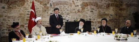 """Gayrimüslim Ruhani Liderleri Ağırlayan Başbakan A. Davutoğlu, """"Türkiye Toprakları ile Musevi İnancı Arasında da BağKurdu"""""""